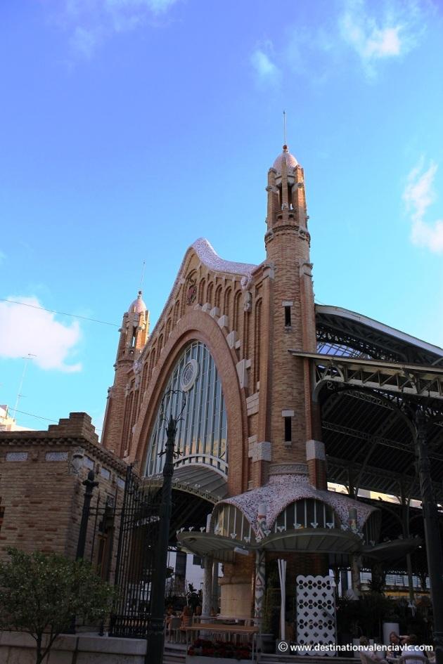 Mercado de Colón Valencia fachada Conde Salvatierra