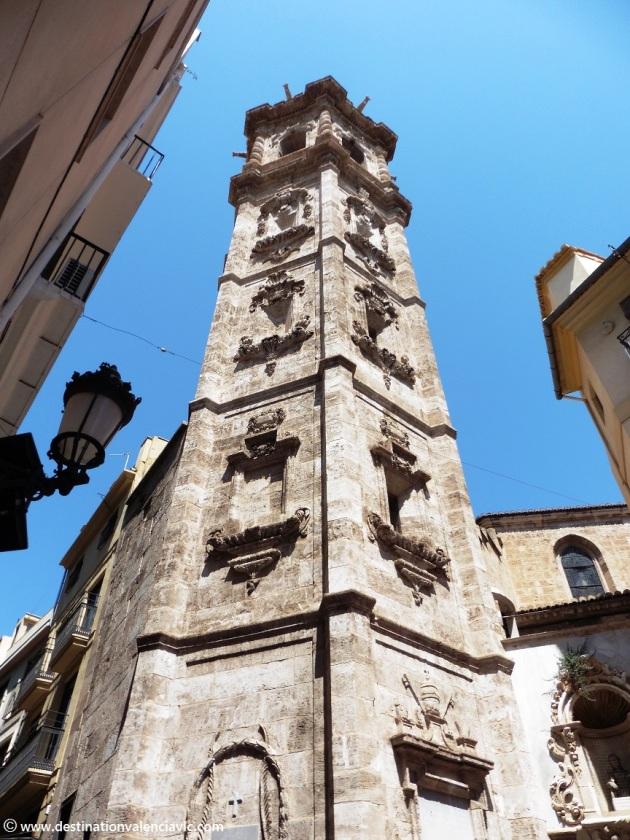 Torre barroca de Santa Catalina en Valencia