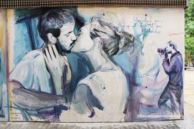 calle-de-colores-fotografia-de-un-beso-luis-lonjedo-valencia