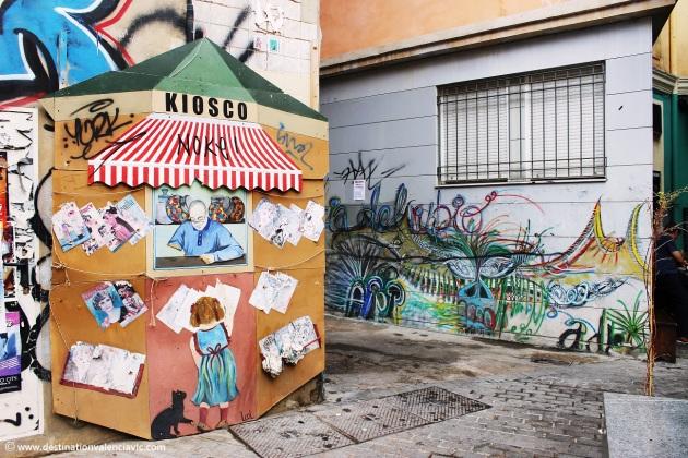 kiosco-plaza-del-arbol-street-art-valencia