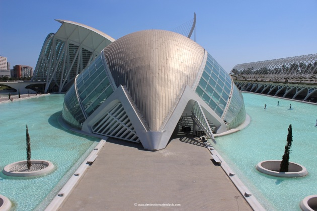 hemisferic-views-puente-monteolivete-city-of-arts-and-sciences-valencia