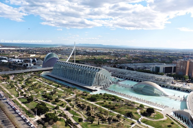 panoramic-pic-city-of-arts-and-sciences-valencia