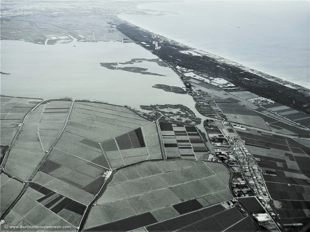 vista aerea-parque-natural-albufera-devesa-el-saler-el-palmar-valencia